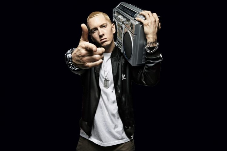 Eminem'den Yeni Bir Feat – Kill For You